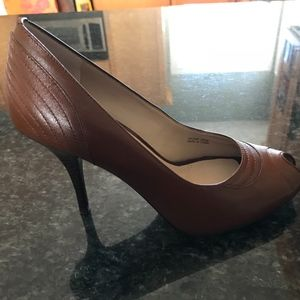 Tan Leather Ellen Tracy Peep Toe Shoes